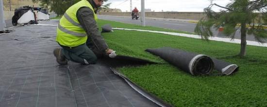 Preparación del terreno para el grass sintético: la importancia de la compactación