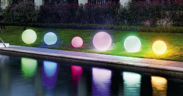 Iluminaci n para el jard n las luces led que cambian vidas - Iluminacion de jardin exterior ...