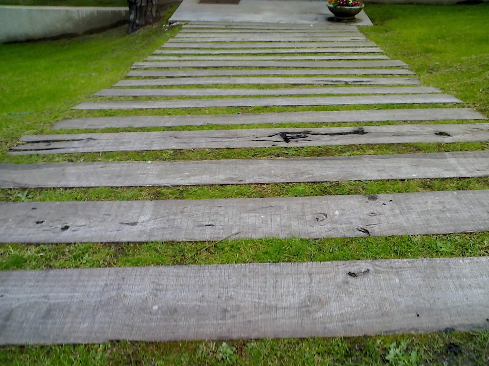 Jard n artificial la tendencia del mediterr neo lo for Colocar adoquines en jardin