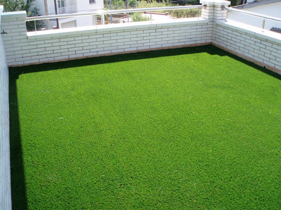 Comprar c sped artificial factible para mi terraza for Cesped artificial terraza